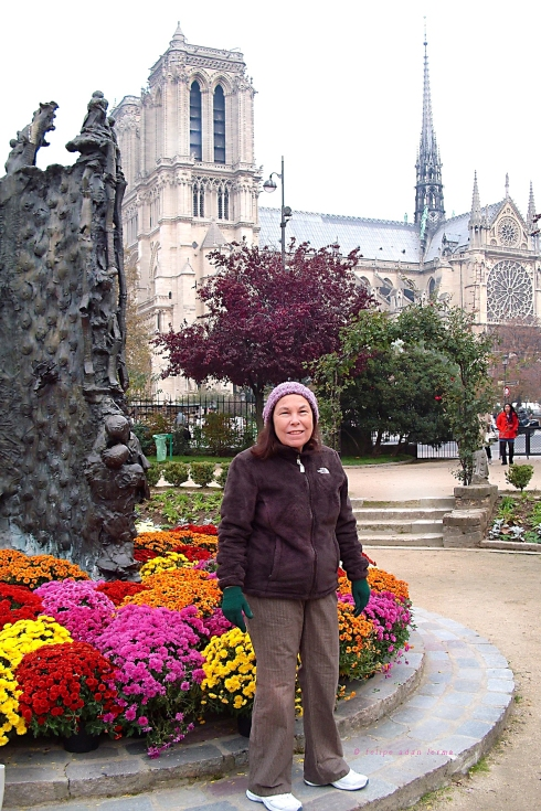 Sheila by Mums with Notre Dame in Background