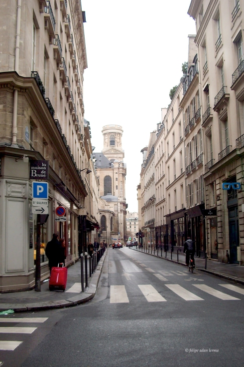 Small road to Saint Sulpice