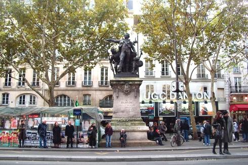 Statue Danton