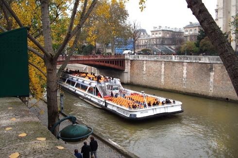 Tour Boat on Seine