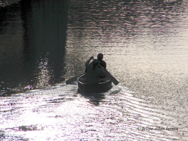 Man in Canoe © felipe adan lerma