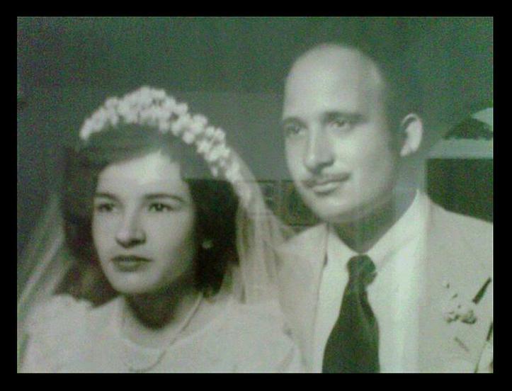 Mom & Dad wedding pic BW